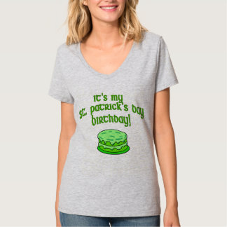 CUSTOM CANDLES ON CAKE ST PATS DAY BIRTHDAY T-Shirt