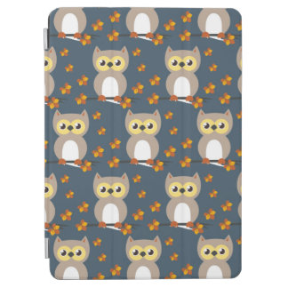Cute Autumn Owl Pattern iPad Air Cover