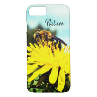 Cute Bee In The Sunlight iPhone 8/7 Case