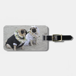 Cute couple bride and groom pugs luggage tag