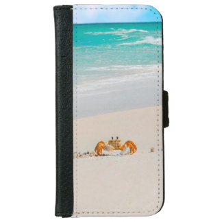 Cute Crab on a Tropical Beach iPhone 6 Wallet Case