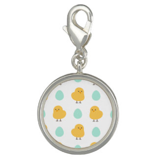 Cute drawn yellow chick and egg easter pattern