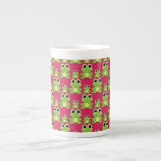 Cute frogs pattern tea cup