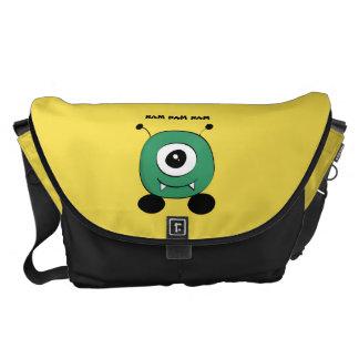 Cute Funny Green Alien Commuter Bag