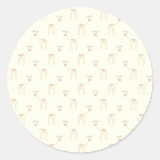 Cute Giraffe Pattern on Yellow. Round Stickers