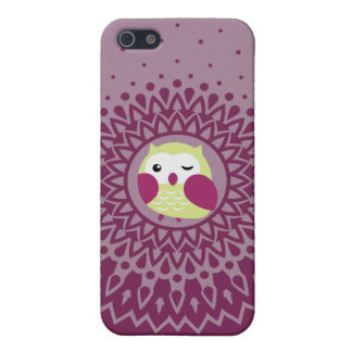 Cute Green Owl in Purple Starburst pattern iPhone 5/5S Case