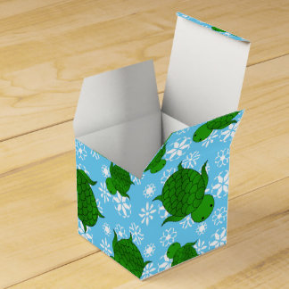 Cute green sea turtle christmas blue snowflakes party favour box