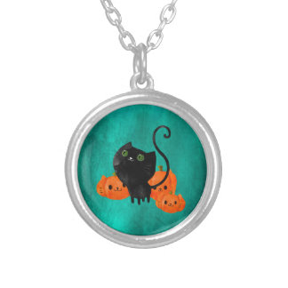 Cute Halloween cat with pumpkins Round Pendant Necklace