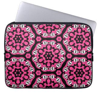 Cute kaleidoscopic skull damask hot pink 13 inch laptop sleeve
