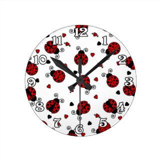 Cute Ladybug and Hearts Pattern Round Clocks