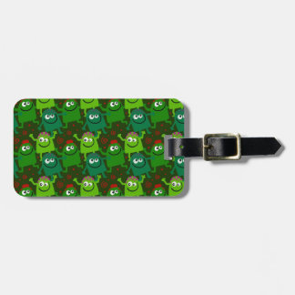 Cute Little Green Men Luggage Tag
