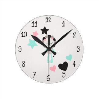 Cute Lullaby Dream Laugh Decor Neutral Lion Round Clock