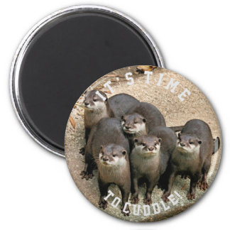 Cute Otter Family | Cuddle Time 6 Cm Round Magnet