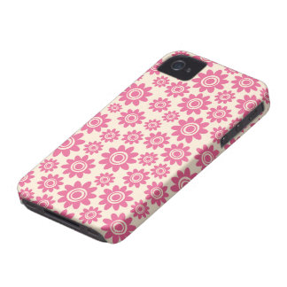 Cute pink and cream whimsical flower pattern blackberry case