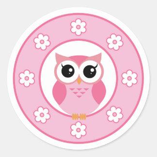 Cute pink cartoon owl round sticker