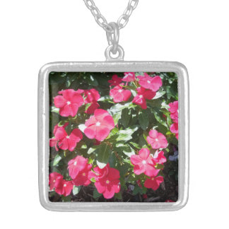 Cute Red Periwinkle Flowers Necklace for Her