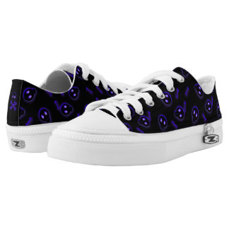 Cute Skull and Crossbones Low Tops