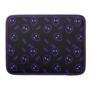 Cute Skull and Crossbones Sleeve For MacBook Pro