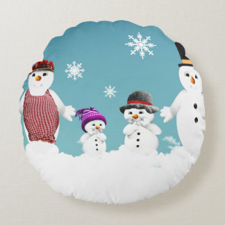 Cute Snowman's family for Christmas Round Cushion