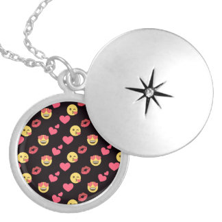 cute sweet emoji love hearts kiss lips pattern silver plated necklace