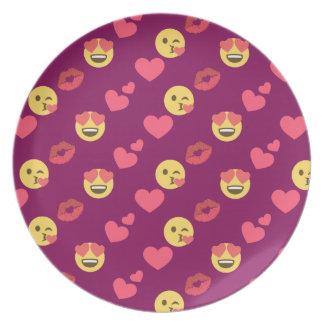 Cute Sweet Pink Emoji Love Hearts Kiss Pattern Plate