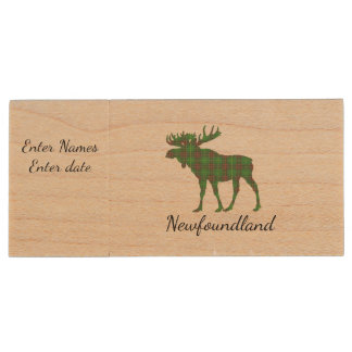 Cute Tartan moose Newfoundland flash drive