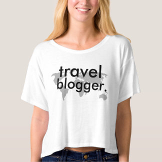 Cute travel blogger t-shirt! T-Shirt