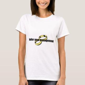 """Cute """"Under New Management"""" Wedding design T-Shirt"""