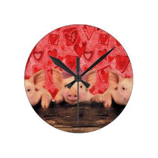 Cute Valentine pigs Clock