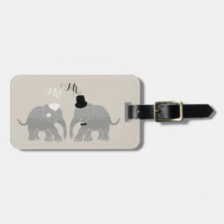 Cute Vintage Mr. & Mrs. Bride and Groom Elephants Luggage Tag