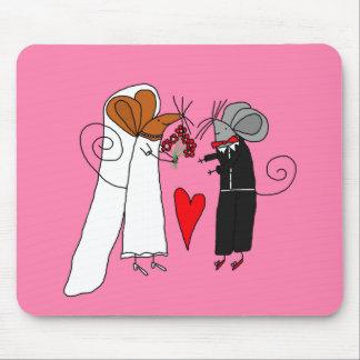 Cute Wedding Mice Mouse Pad