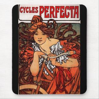 Cycles Perfecta Mousepads
