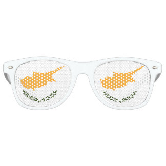 Cyprus Flag Retro Sunglasses