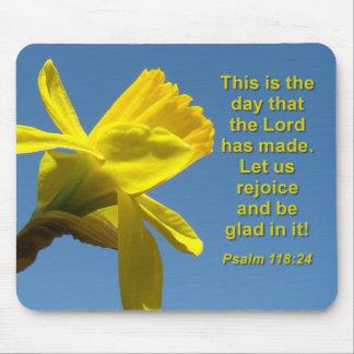 Daffodil Rejoice Mousepad