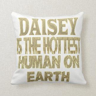 Daisey Pillow
