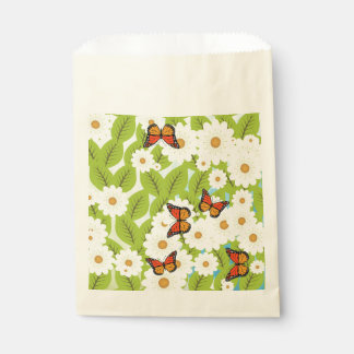 Daisies and butterflies favour bags