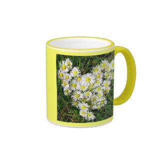 Daisies Hart Ringer Mug