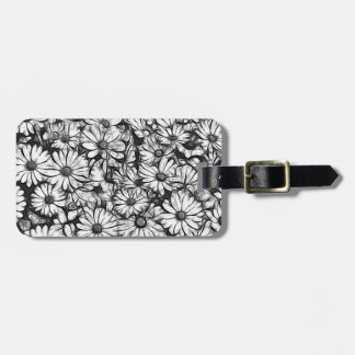 daisies in the garden luggage tag