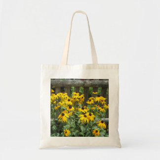 Daisy Cluster Weathered Fence Bag