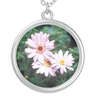 Daisy Design Round Silver Necklace