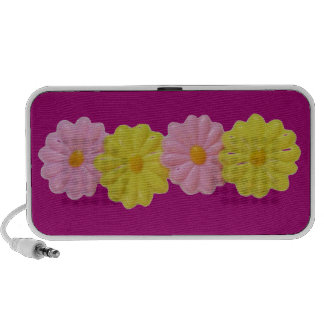 Daisy Doodle - Berry Purple iPhone Speaker