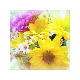 Daisy Floral Table Bouquet Canvas Print