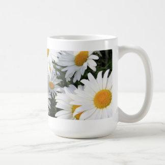 Daisy Flowers Growing White Mug