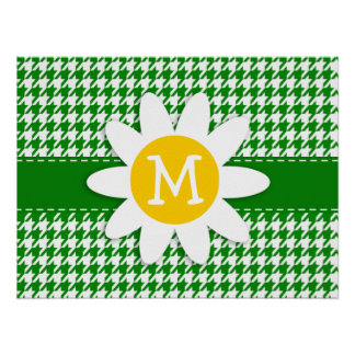 Daisy on Green Houndstooth Print