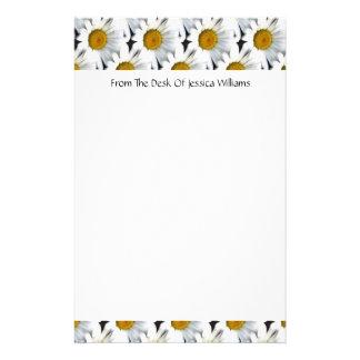 Daisy Pattern Customizable Stationery