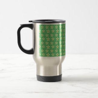 Daisy Pattern Yellow & White Daisies on Green Mug