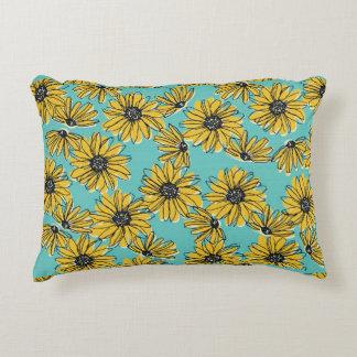 Daisy Pillow (Small)