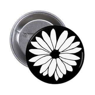 Daisy Storm Button