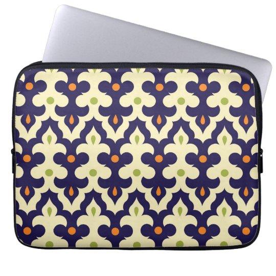 Damask paisley arabesque Moroccan pattern girly Laptop Sleeve