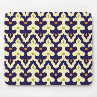 Damask paisley arabesque wallpaper pattern mouse pad